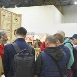 Алексей Юрьевич в окружении посетителей #фсд18