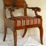 Кресло после реставрации, Фото взяты с сайта МГХПА им.Строганова