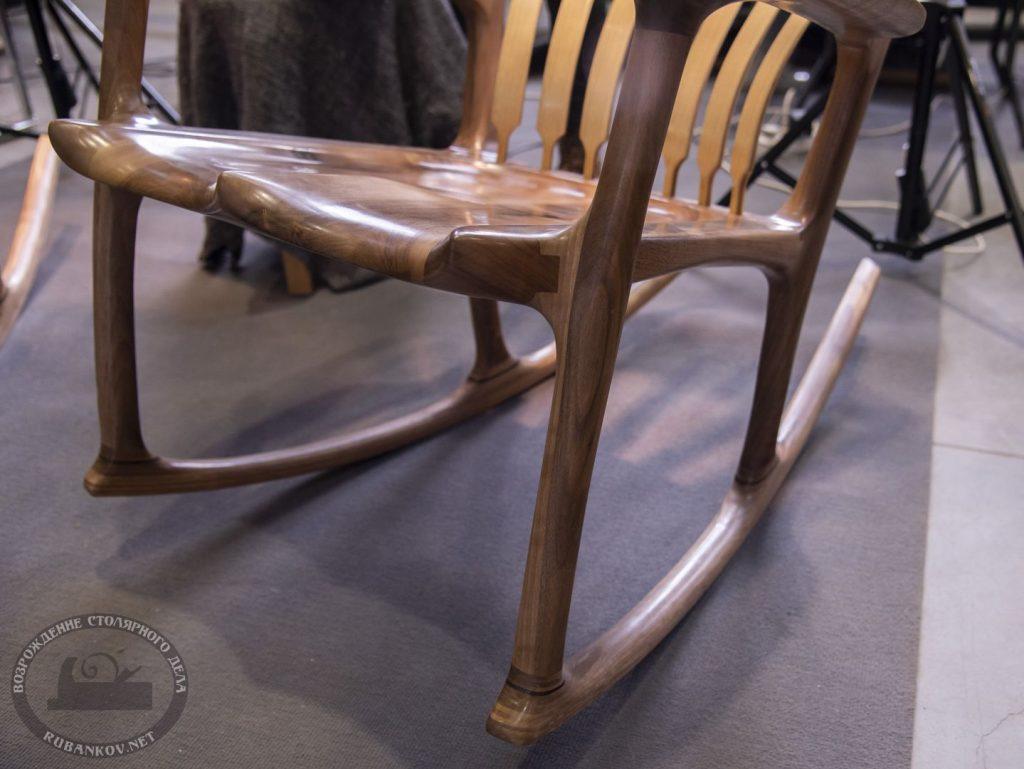 Кресло качалка от @GIArockingchairs