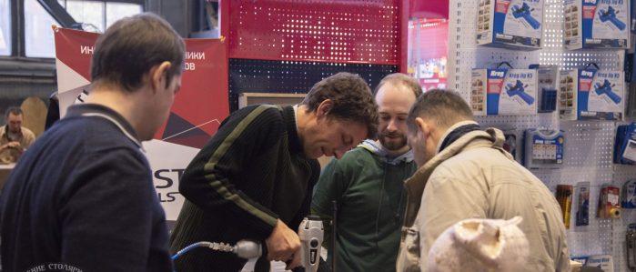 Смирнов Алексей и Клесов Серегей демонстрируют шпиличник Truusty