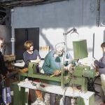 Маури Кекконен за работой, токарные мастер-классы