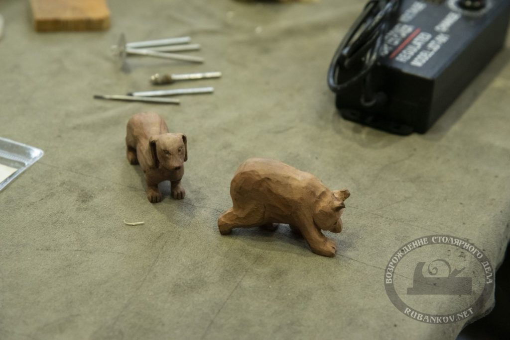 Свеже вырезанные мишки от Владимира Денисова, ФСД19 в СПб