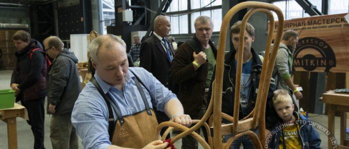 Федор Жильцов, реставрация стула, на ФСД19 в СПб