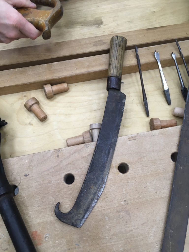 Нож для колки щепы