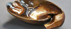 Декоративное деревянное блюдо