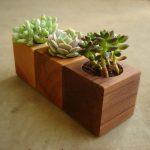 Модульное деревянное кашпо