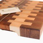 Доска деревянная торцевая разделочная (пример)
