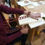 Работа лобзиком на куре художественная резьба