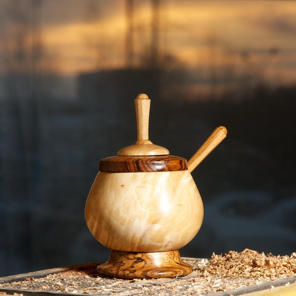 деревянная сахарница. Юрий Бажан