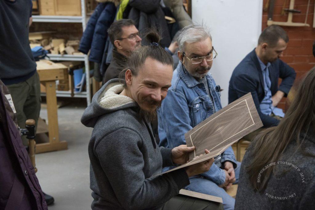 Мастера и коллеги Фёдора Алексеевича тоже не прочь послушать лекцию и пообщаться на родную тематику