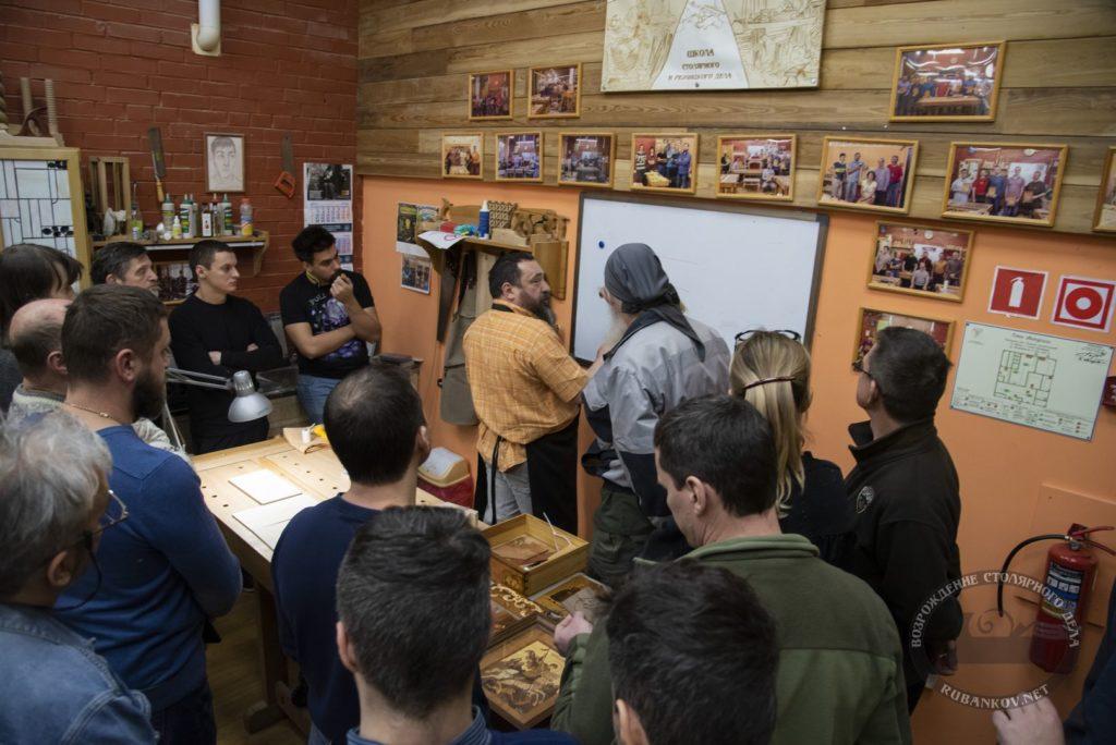 Фёдор Алексеевич отвечает на вопросы посетителей мастер-класса