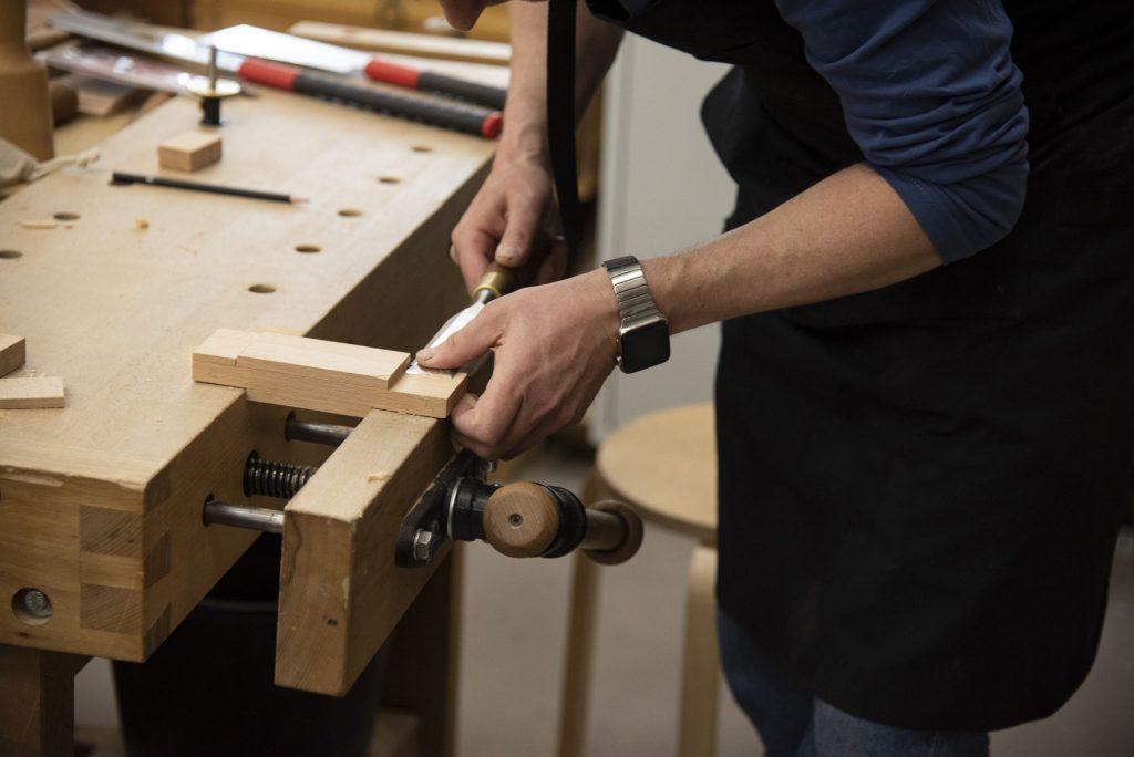 Подрезка щёчек (Практикум столярного мастерства, весна 2020)