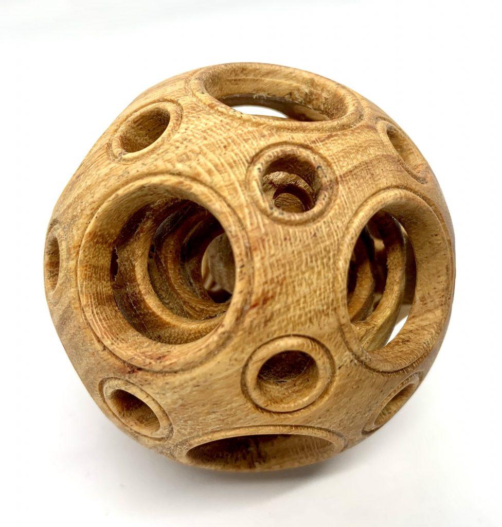 Точеный китайский шар
