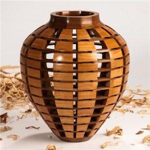 ваза с пустыми сегментами ( автор Jack Morrison )