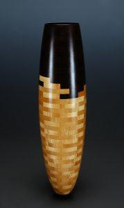 сегментная ваза ( музей SAAM )