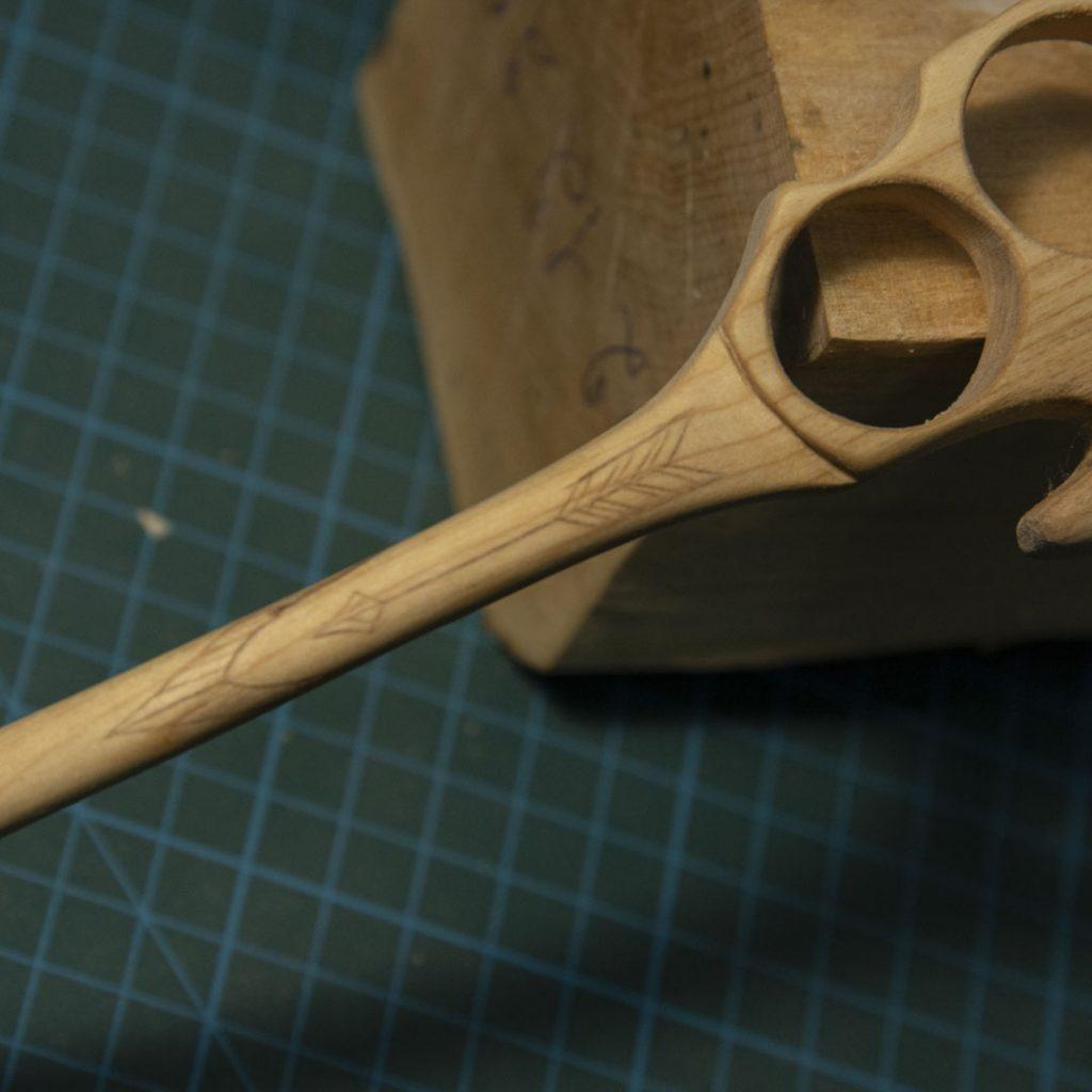 колросинг на ложке кастет