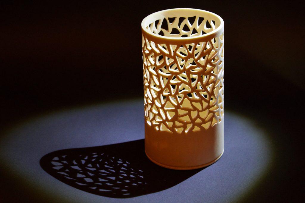 ваза, техника пирсинга